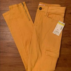 NWT Yellow Mustard Ankle Jeans